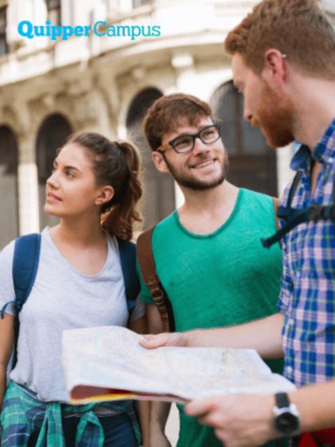 Profesi Karier Pemandu Tur Tugas Hingga Gajinya 2021 Quipper Campus